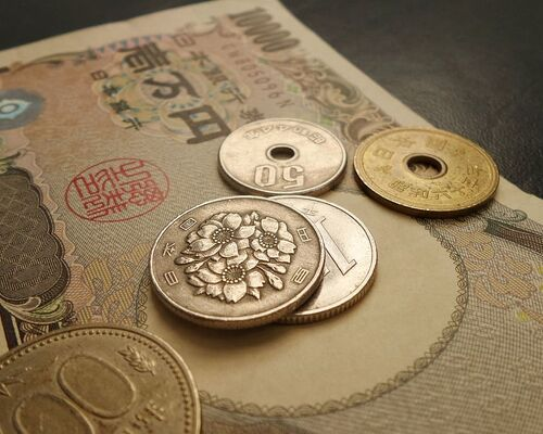japan-japanese-money-cash